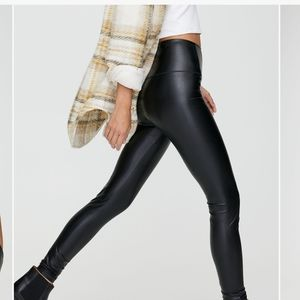 Wilfred faux leather legging